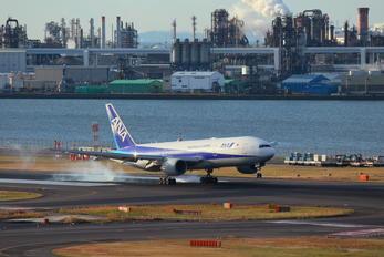 JA710A - ANA - All Nippon Airways Boeing 777-200ER