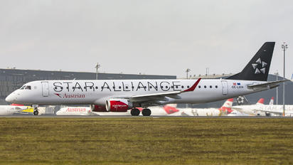 OE-LWH - Austrian Airlines/Arrows/Tyrolean Embraer ERJ-195 (190-200)