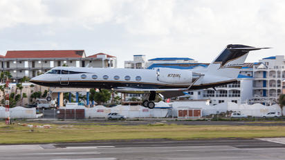 N721RL - Private Gulfstream Aerospace G-IV,  G-IV-SP, G-IV-X, G300, G350, G400, G450