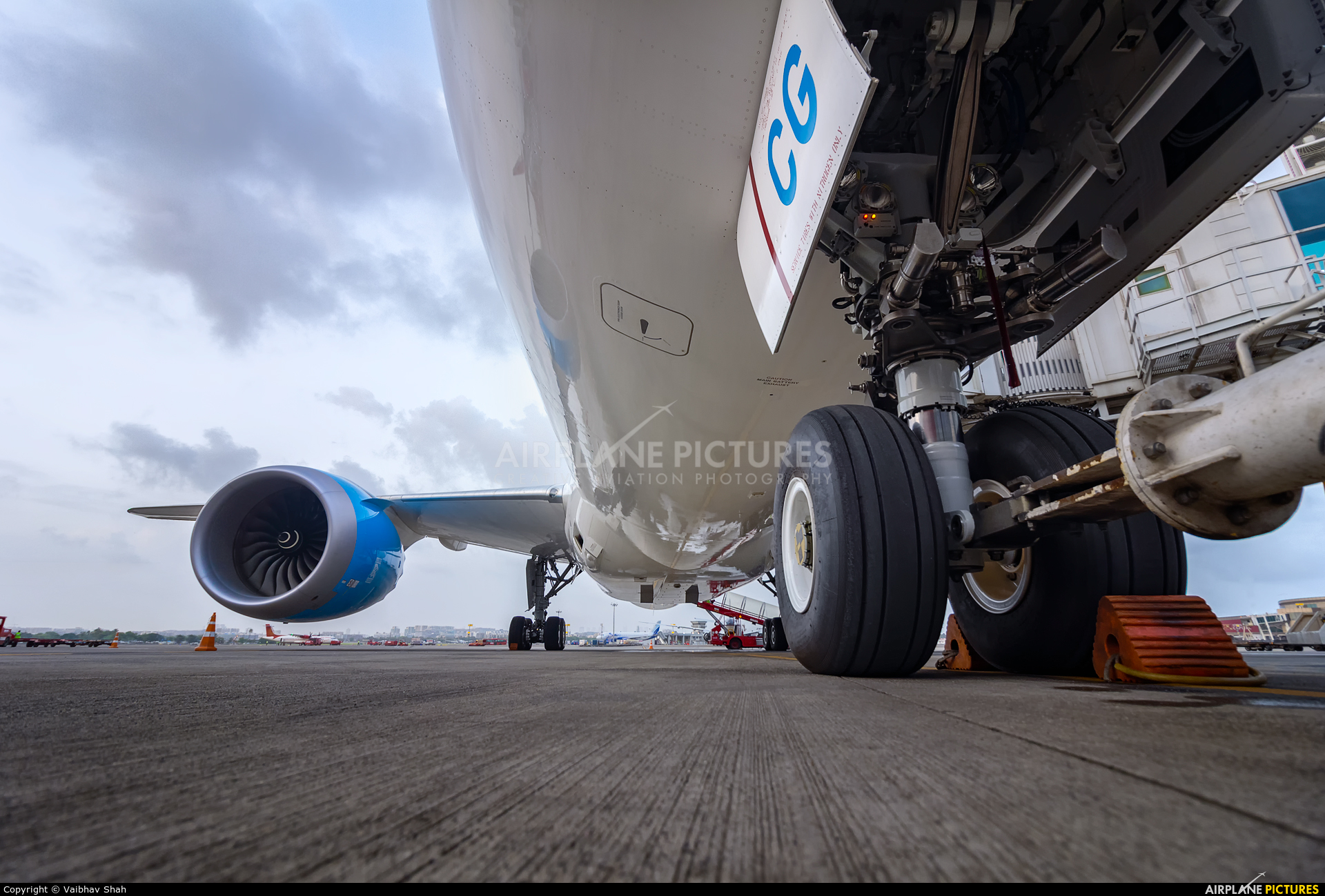 Air Tanzania 5H-TCG aircraft at Mumbai - Chhatrapati Shivaji Intl