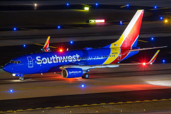 N412WN - Southwest Airlines Boeing 737-700