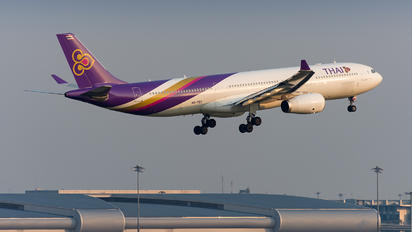 HS-TEO - Thai Airways Airbus A330-300