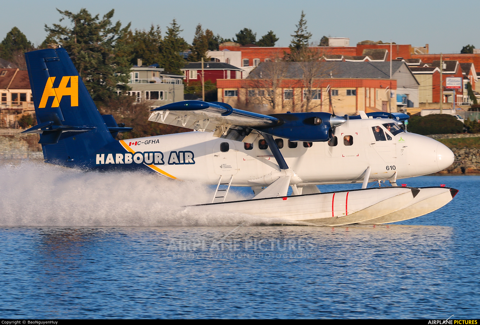 Harbour Air C-GFHA aircraft at Victoria Harbour, BC