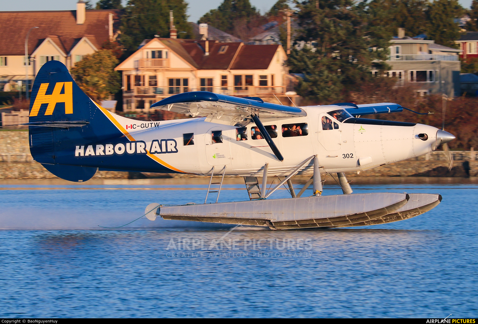 Harbour Air C-GUTW aircraft at Victoria Harbour, BC