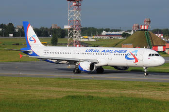 VQ-BOF - Ural Airlines Airbus A321