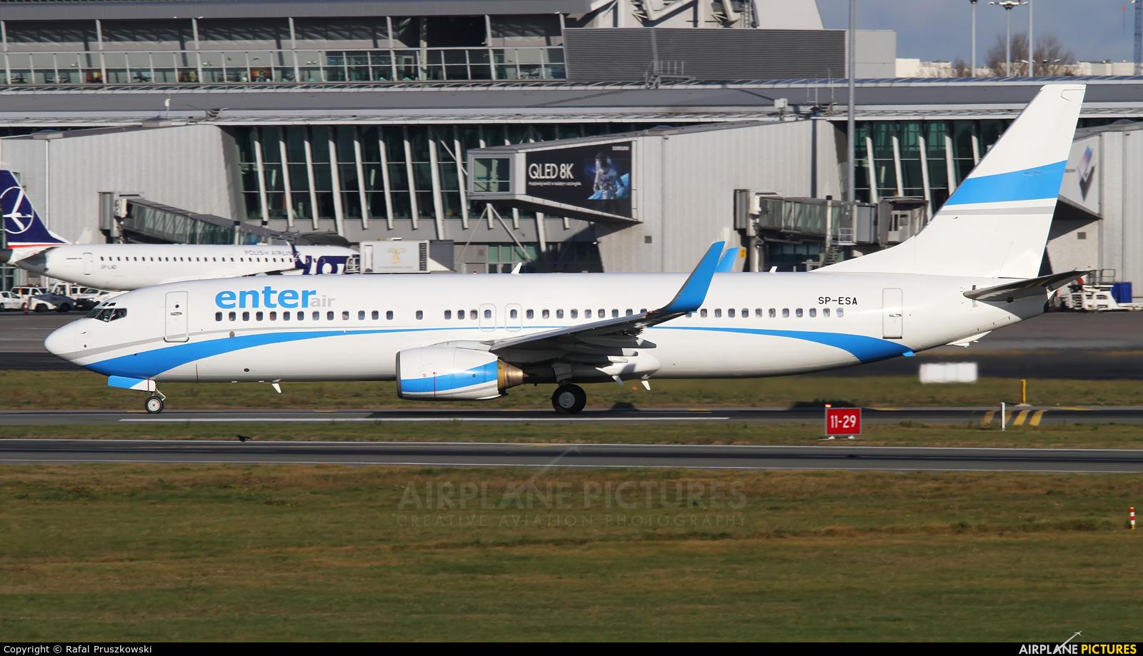 Enter Air SP-ESA aircraft at Warsaw - Frederic Chopin