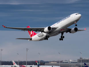 TC-LNG - Turkish Airlines Airbus A330-300