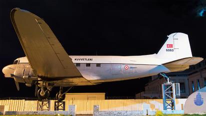 6060 - Turkey - Air Force Douglas C-47A Skytrain