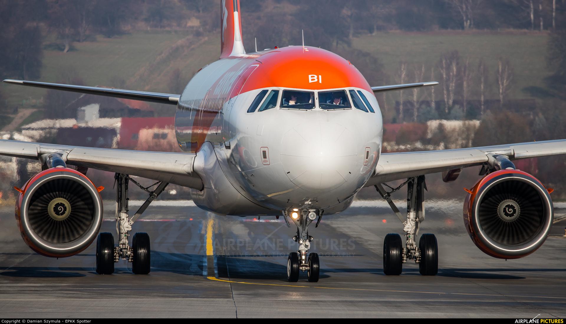 easyJet G-EZBI aircraft at Kraków - John Paul II Intl