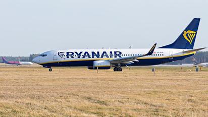 SP-RSB - Ryanair Boeing 737-8AS
