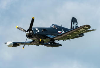 NX45NL - Private Vought F4U Corsair