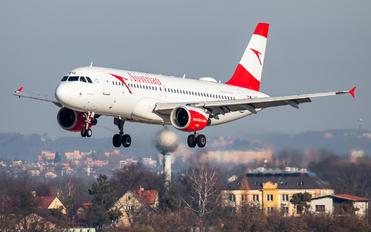 OE-LBQ - Austrian Airlines/Arrows/Tyrolean Airbus A320