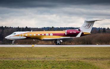 A6-YMA - Private Gulfstream Aerospace G-V, G-V-SP, G500, G550