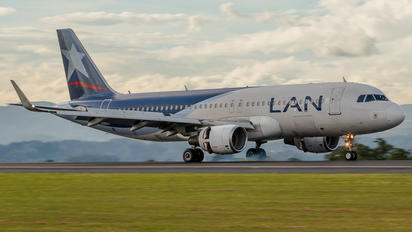 CC-BFO - LAN Airlines Airbus A320