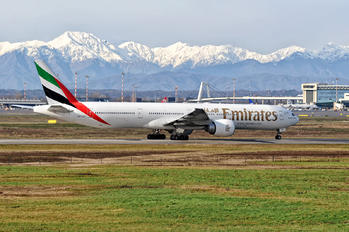 A6-ENT - Emirates Airlines Boeing 777-300ER