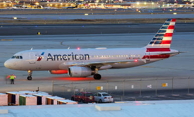 N652AW - American Airlines Airbus A320