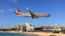 N982AN - American Airlines Boeing 737-800 aircraft