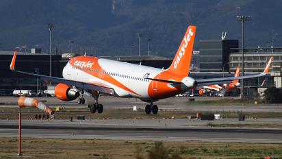 OE-ICM - easyJet Europe Airbus A320