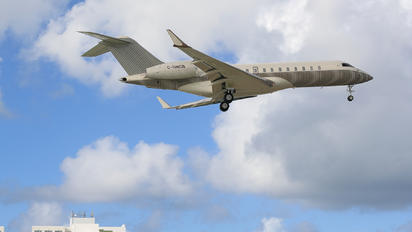 C-GNCB - Private Bombardier BD-700 Global Express
