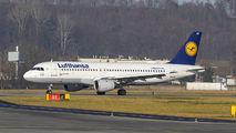 D-AIQT - Lufthansa Airbus A320 aircraft