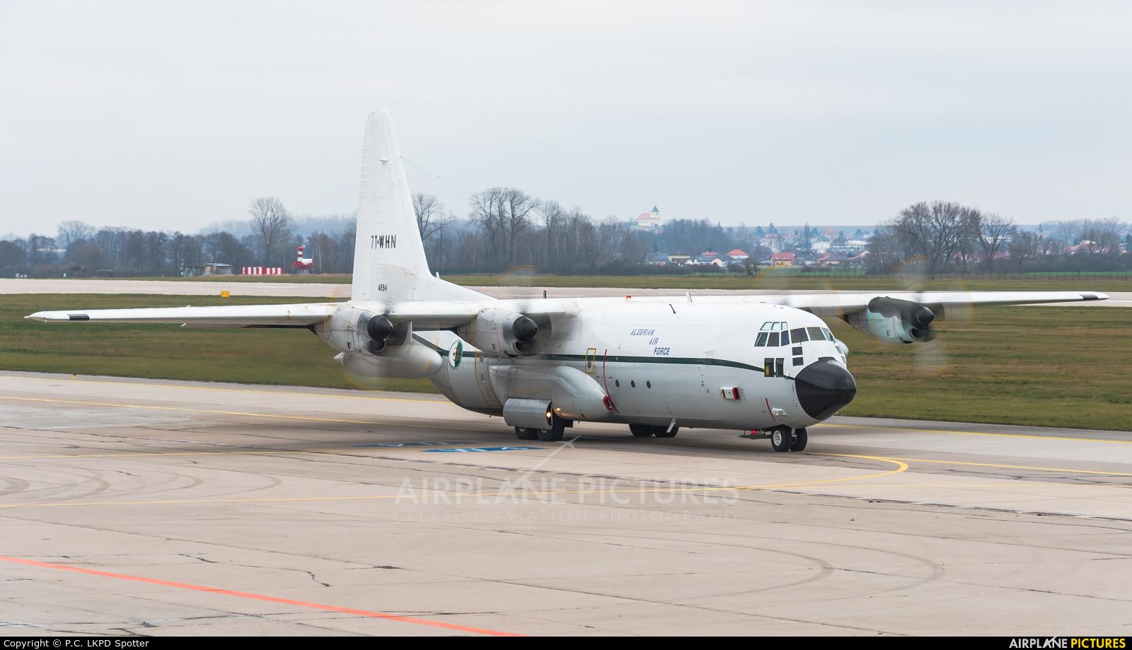 Algeria - Air Force 7T-WHN aircraft at Pardubice