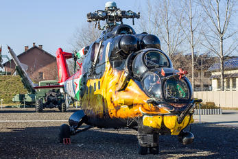 714 - Hungary - Air Force Mil Mi-24V