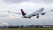 N826NW - Delta Air Lines Airbus A330-300 aircraft