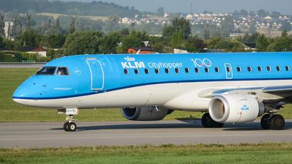 PH-EXY - KLM Cityhopper Embraer ERJ-190 (190-100)