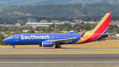 N8675A - Southwest Airlines Boeing 737-800