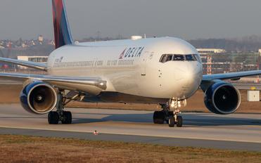 N178DN - Delta Air Lines Boeing 767-300ER