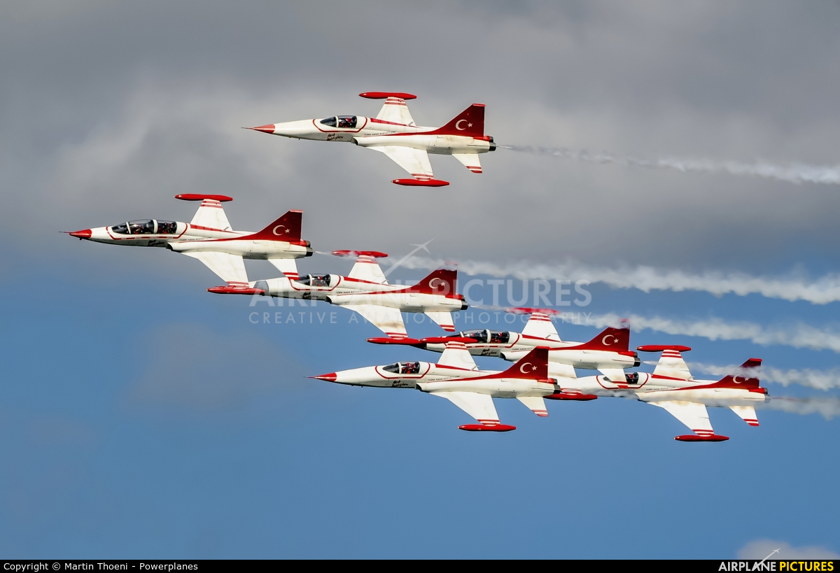 Turkey - Air Force : Turkish Stars 69-4005 aircraft at Kecskemét