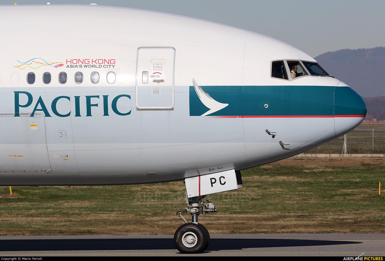Cathay Pacific B-KPC aircraft at Milan - Malpensa