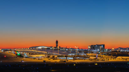 #1 - Airport Overview - Airport Overview - Photography Location - taken by Tatsuo Yamaguchi