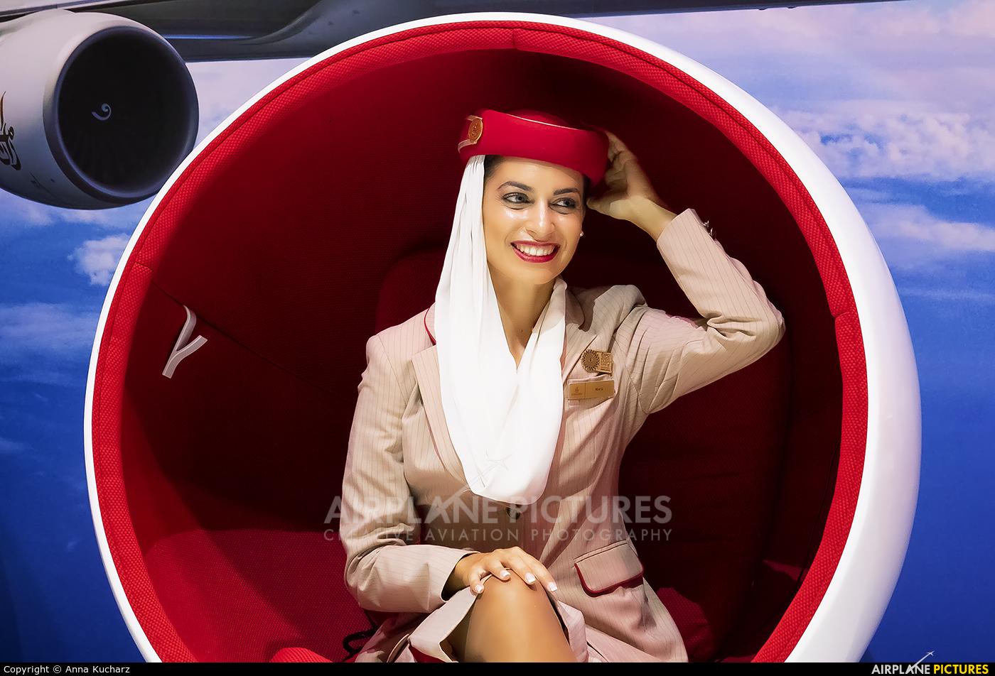 - Aviation Glamour - aircraft at Jebel Ali Al Maktoum Intl
