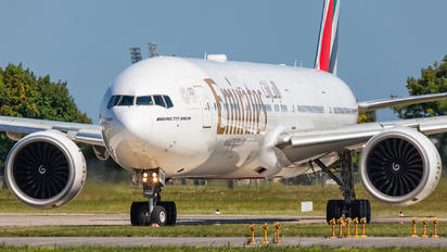 A6-EBU - Emirates Airlines Boeing 777-300ER