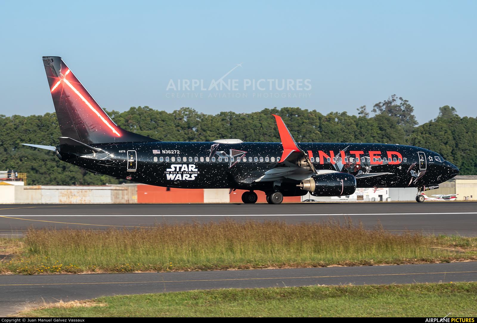 United Airlines N36272 aircraft at Guatemala - La Aurora