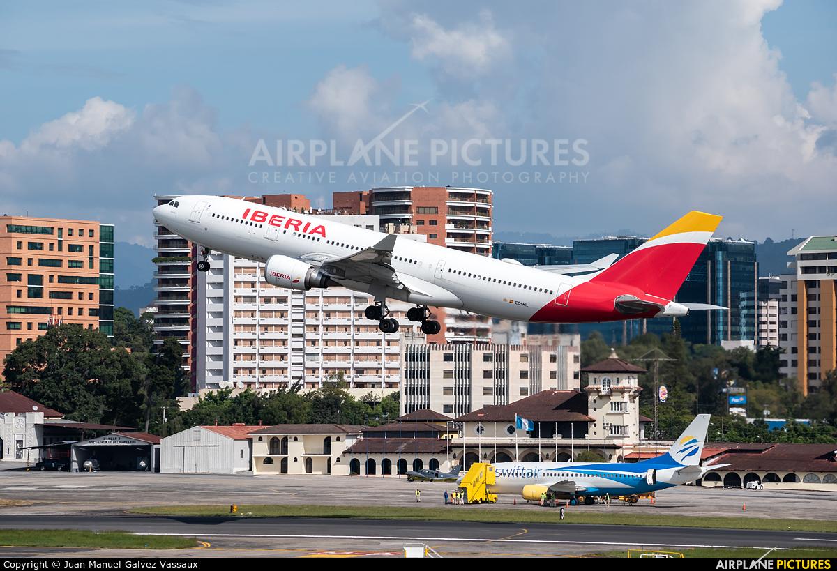 Iberia EC-MIL aircraft at Guatemala - La Aurora
