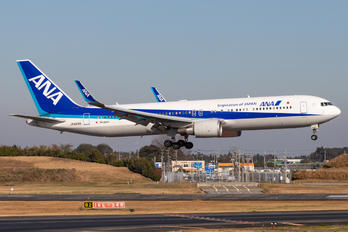JA624A - ANA - All Nippon Airways Boeing 767-300ER