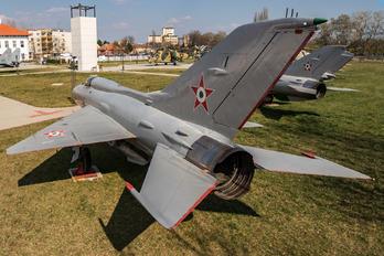 1512 - Hungary - Air Force Mikoyan-Gurevich MiG-21PF