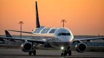 D-AISW - Lufthansa Airbus A321 aircraft