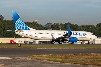 N73291 - United Airlines Boeing 737-800