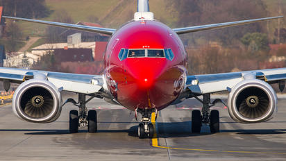 EI-FVY - Norwegian Air International Boeing 737-800