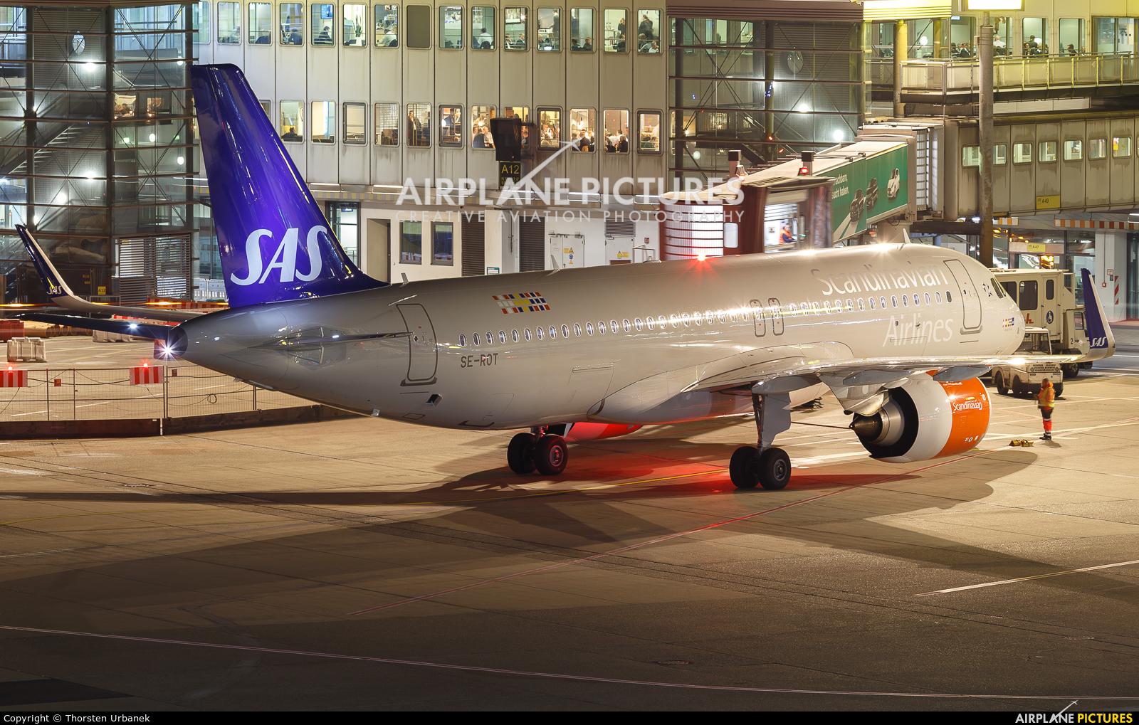 SAS - Scandinavian Airlines SE-ROT aircraft at Düsseldorf