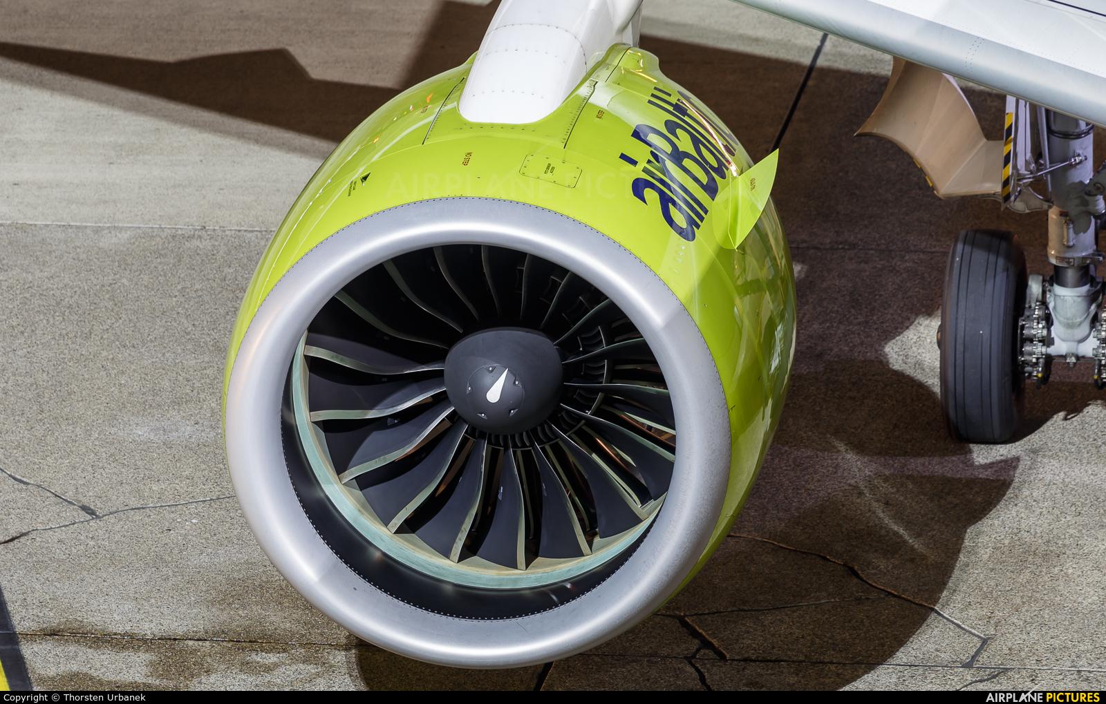 Air Baltic YL-CSI aircraft at Düsseldorf