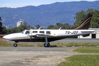 TG-JOY - Private Piper PA-60 Aerostar / Sequoya