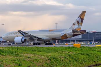 A6-DDE - Etihad Cargo Boeing 777F