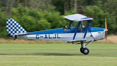 G-ALJL - Private de Havilland DH. 82 Tiger Moth