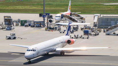 OY-KHM - SAS - Scandinavian Airlines McDonnell Douglas MD-82