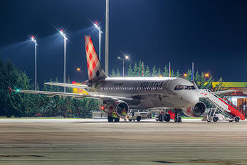 EC-MUU - Volotea Airlines Airbus A319
