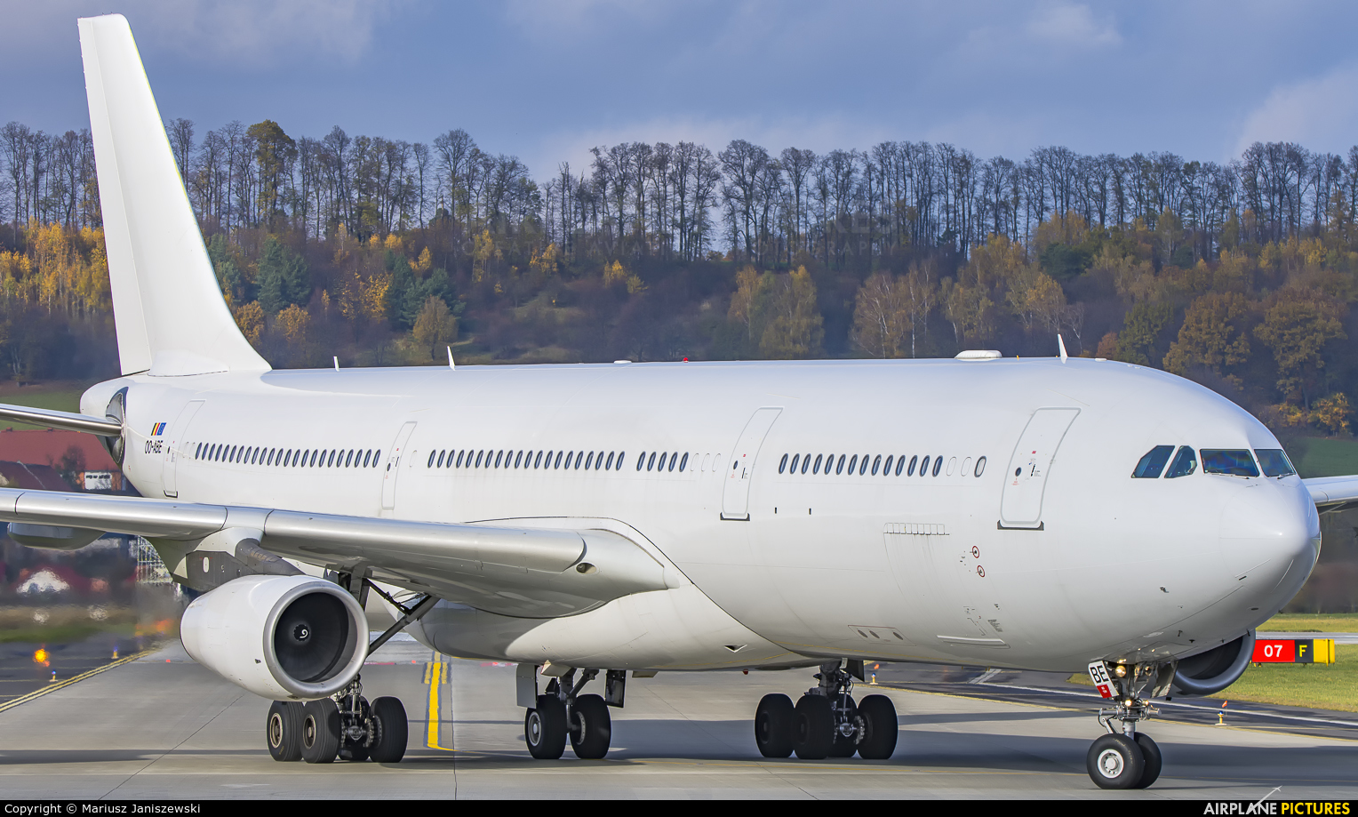 Air Belgium OO-ABE aircraft at Kraków - John Paul II Intl